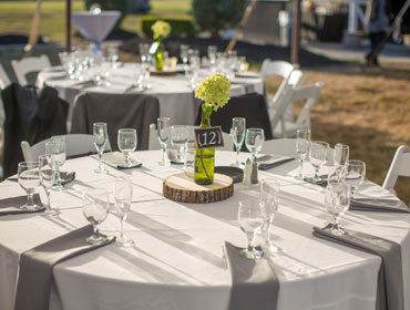 Outdoor Event Tablesetting