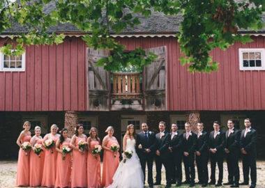 Rustic wedding show at Bayonet Farms
