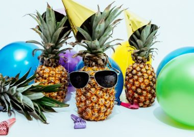 pineapple spring party ideas